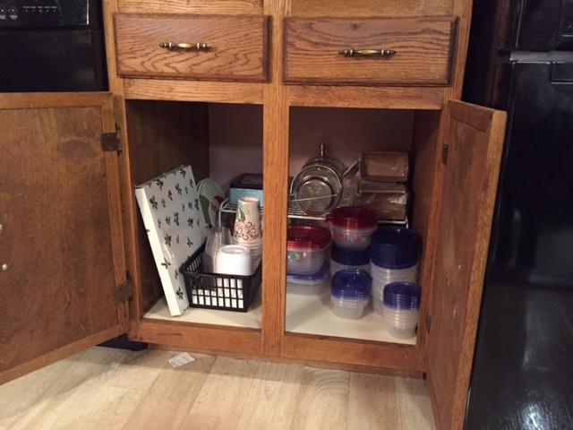 PT plasticware cabinet2